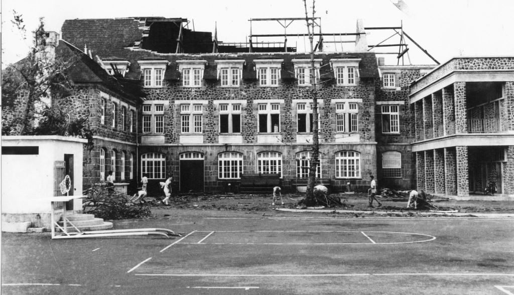 1960-Cyclone Carol-St.Esprit College (1)