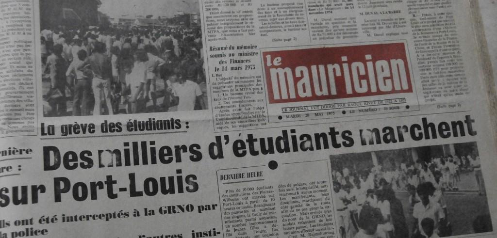 Des milliers d'étudiants marchent sur Port-Louis