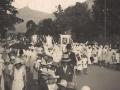 Procession religieuse dans les rues de Port Louis, vers les années 20